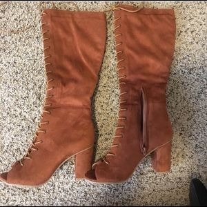 Shoes - Tall booties